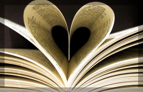 heart-book-border